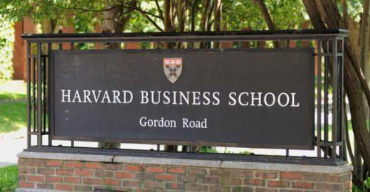 Aula online em Harvard foi um dos temas de 'Educação' em 2017
