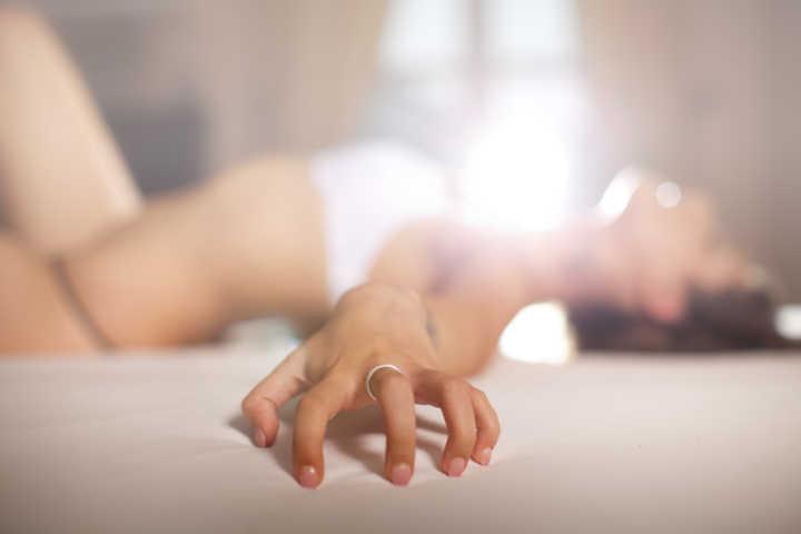 Como ter um orgasmo usando a técnica 'petting'