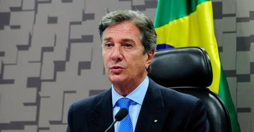 Collor anuncia candidatura à Presidência da República