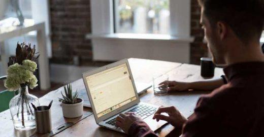 30 jobs de redação, tradução e suporte online: trabalhe em casa!