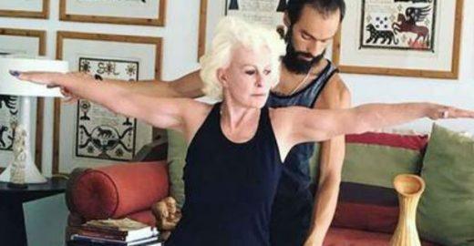 Ana Maria Braga faz ioga aos 68 anos e dá show de elasticidade