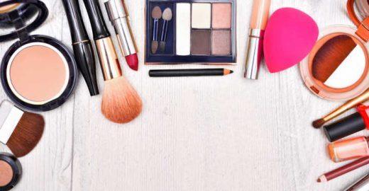 10 maquiagens de várias marcas por menos de R$ 30