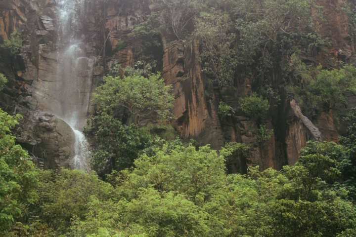 Cachoeira do Sancho, no Mar de Dentro, em Fernando de Noronha