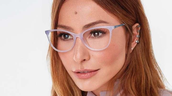 2e860e3dd Dicas e tutoriais de maquiagem para quem usa óculos de grau