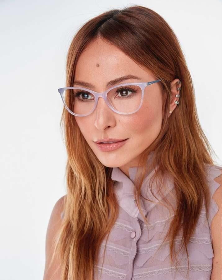 a43d07bdf Sabrina Sato é apaixonada por óculos e criou uma marca dedicada ao acessório