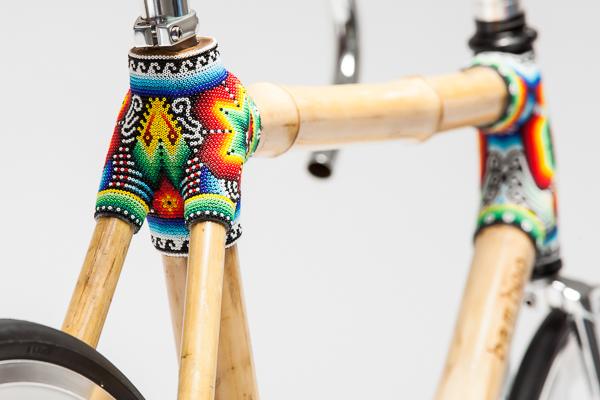 Os modelos da bike de bambu vêm com detalhes artísticos mexicanos