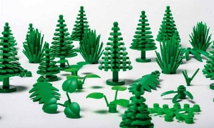 Lego inicia produção de peças de montar de plástico verde feito de cana-de-açúcar,inicialmente em elementos botânicos