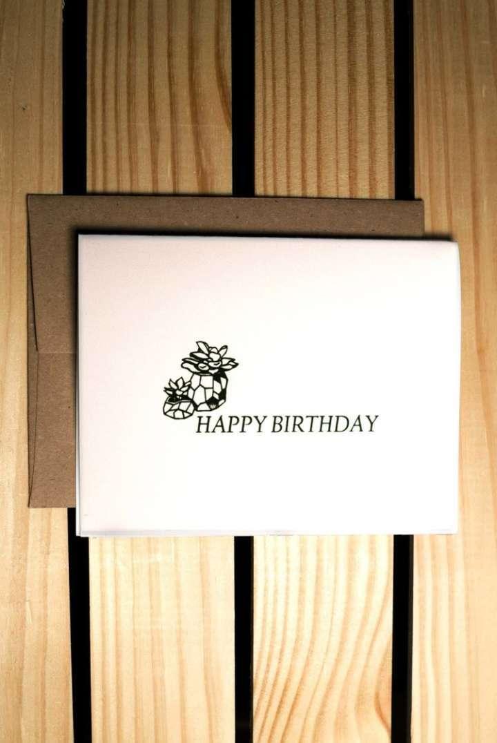 Cartões de aniversário e de visita com tinta ecológica