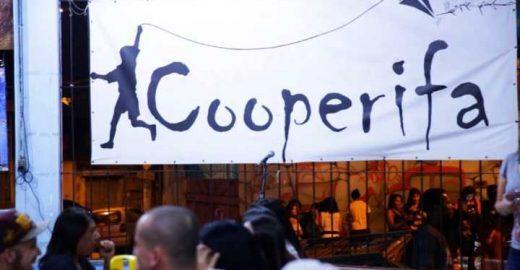 Sarau da Cooperifa é poesia e cultura na zona sul de SP