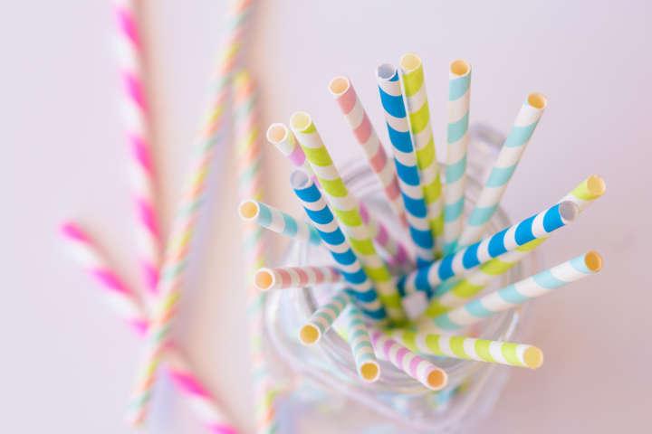 Tetra Pak está desenvolvendo canudos de papel ecologicamente corretos até o fim deste ano