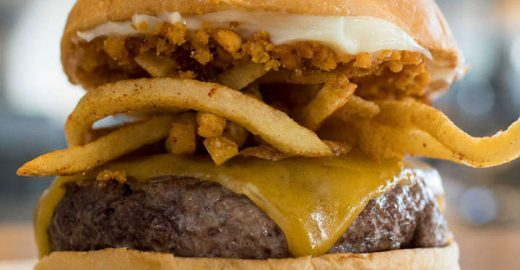 Dia do Hambúrguer: uma boa pedida é a baixa gastronomia
