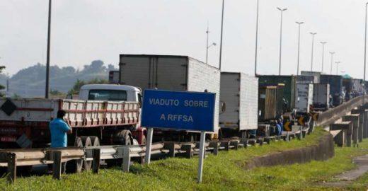 Greve dos caminhoneiros melhorou em 78% qualidade do ar de SP