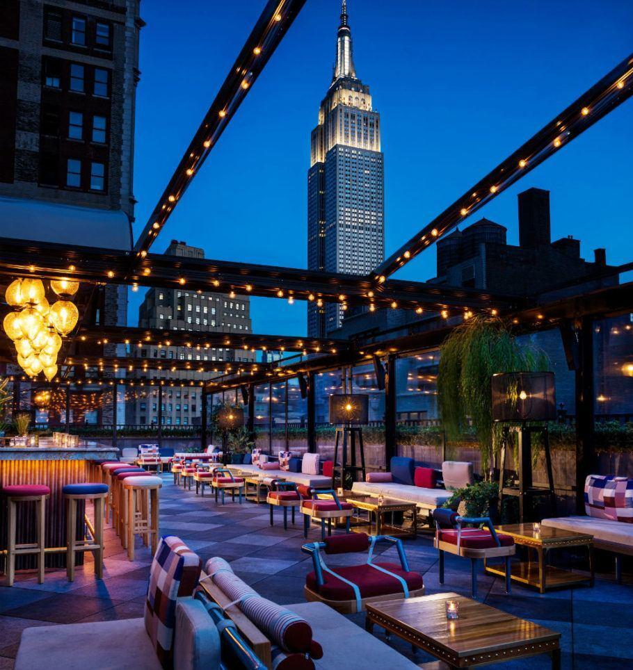 O Magic Hour é o maior rooftop bar entre os hotéis de Nova York