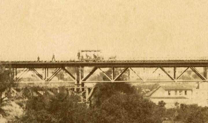 Foto do Viaduto do Chá integra a exposição