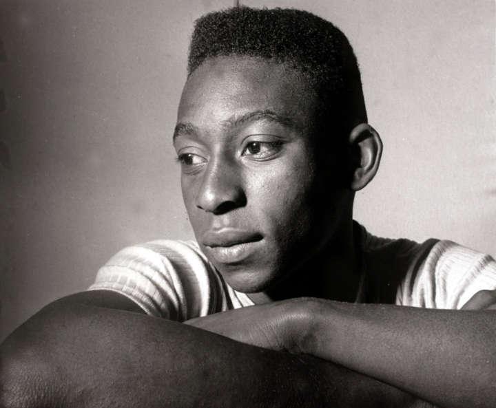 Foto do Pelé em mostra do Sesc 24 de Maio