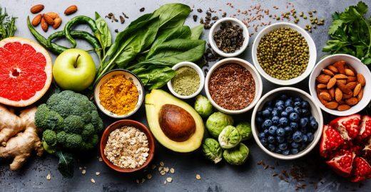 Descubra o que são e onde encontrar os 'alimentos anti-idade'