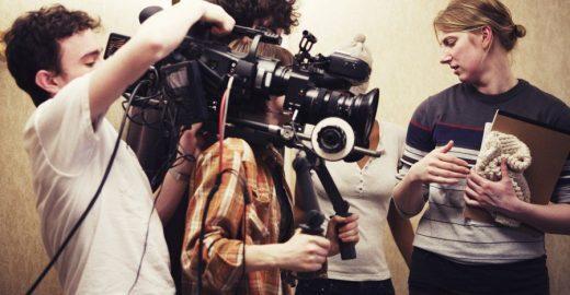 Fundação oferece bolsas de estudo para quem quer estudar cinema na Espanha