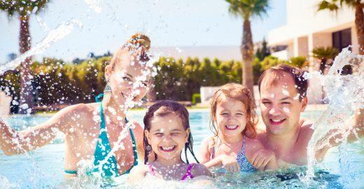 5 dicas para economizar na viagem em família