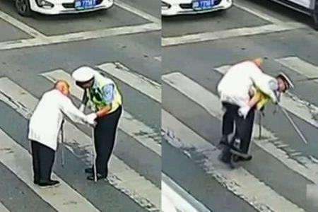 Duas imagens mostram um guarda de trânsito se aproximando e carregando um idoso na faixa de pedestres