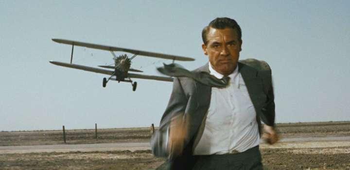 A clássica perseguição de avião em