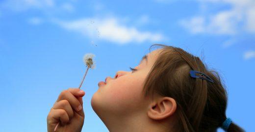 Palestras online falam sobre deficiência intelectual em crianças
