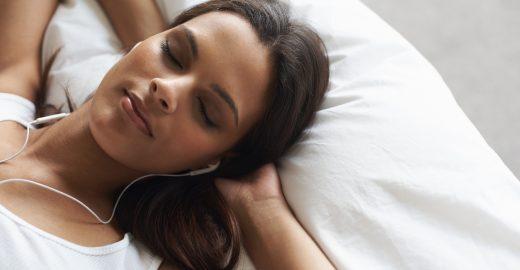 5 playlists para dormir bem e combater a insônia