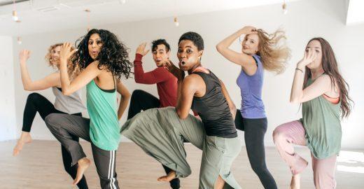 Perca calorias dançando e mantenha uma vida saudável