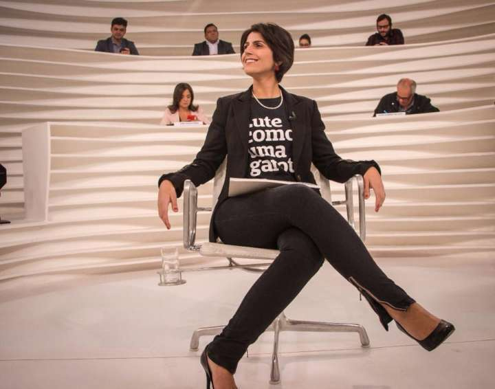 Manuela D'Ávila, pré-candidata à presidência, durante o Roda Viva