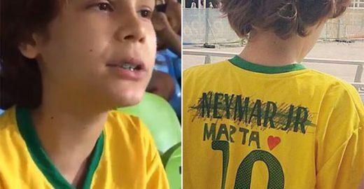 Pequenos torcedores: ele trocou nome de 'Neymar' por 'Marta'