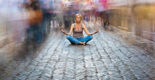 7 dicas para você conseguir meditar em ambientes barulhentos