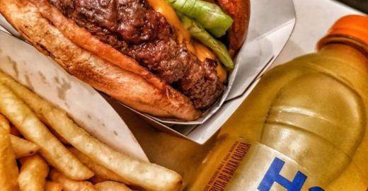 Pão com Carne: a hamburgueria mais suculenta da Zona Oeste