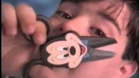 Qual a relação entre publicidade infantil e cultura de violência?
