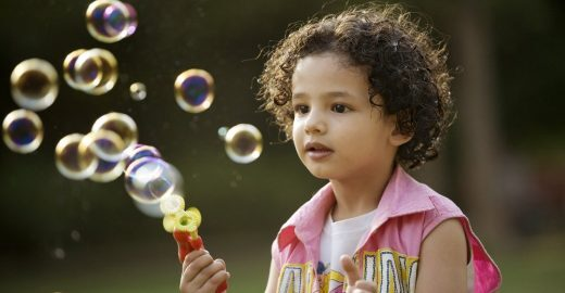 O que significa proporcionar o brincar livre?