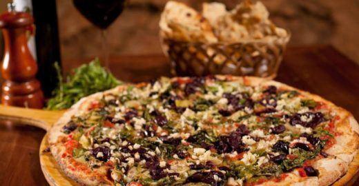 Conheça a tradicional pizzaria Dona Rosa no Alto de Pinheiros
