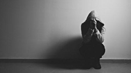 vítima estupro universidade paraná