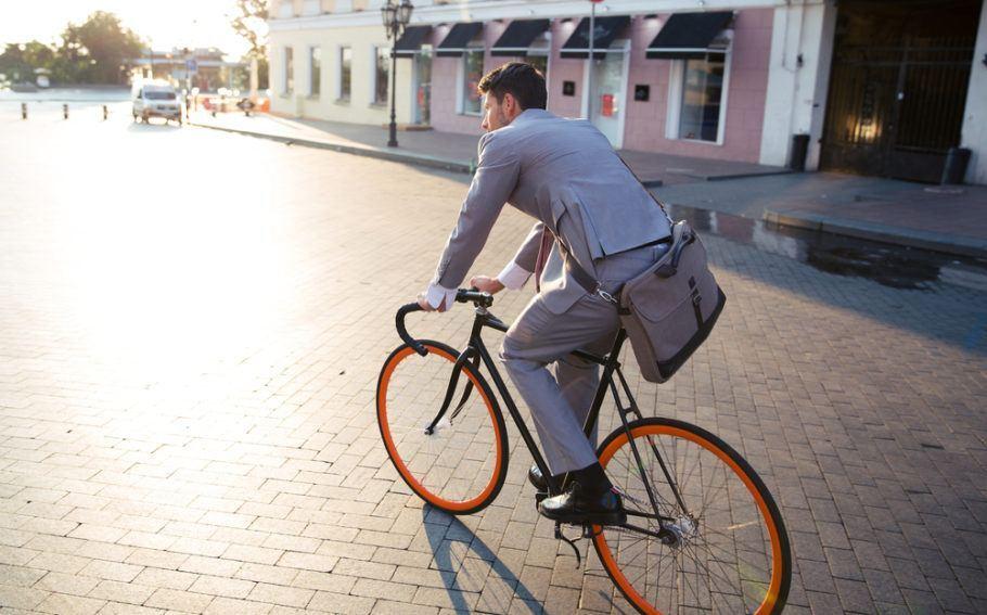 Ir trabalhar de bicicleta agora rende bônus anuais em uma empresa da Nova Zelândia