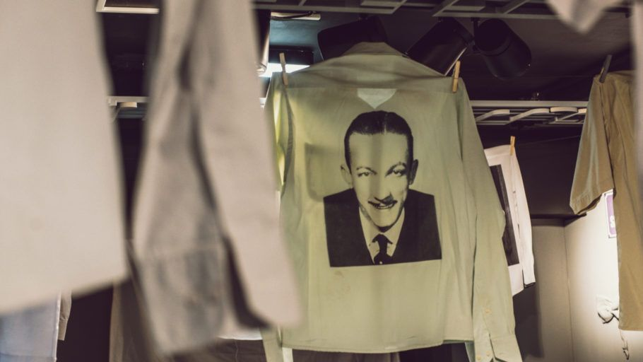 Foto de Adoniran Barbosa estampada em uma camiseta