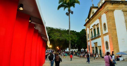FLIP 2019 ocupa Paraty com mesas e mais atrações em julho