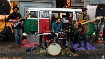 Jazz na Kombi em apresentação