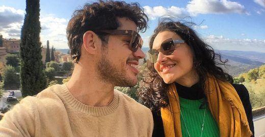 José Loreto posa sorridente com a filha e faz internet babar