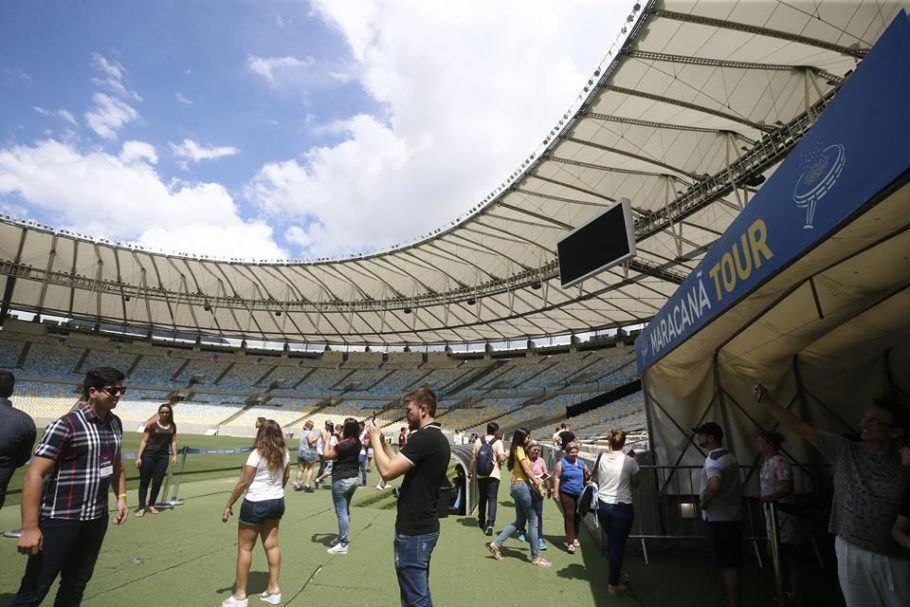 Visitantes conhecem o Maracanã