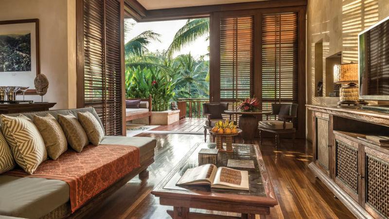 Quarto de uma das vilas do Four Seasons Resort Bali