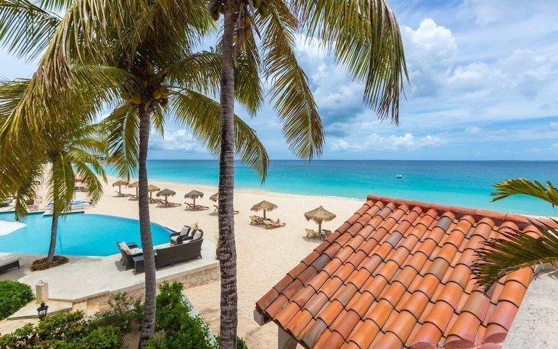3 - Frangipani Beach Resort, em Anguilla (97,88)