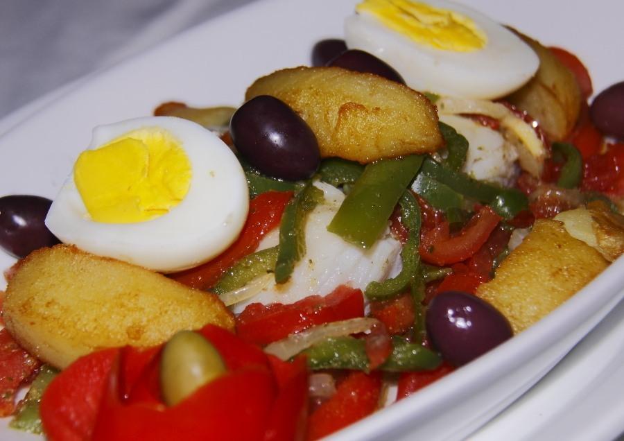 O tradicional bacalhau do restaurante Trás os Montes, especializado na cozinha portuguesa