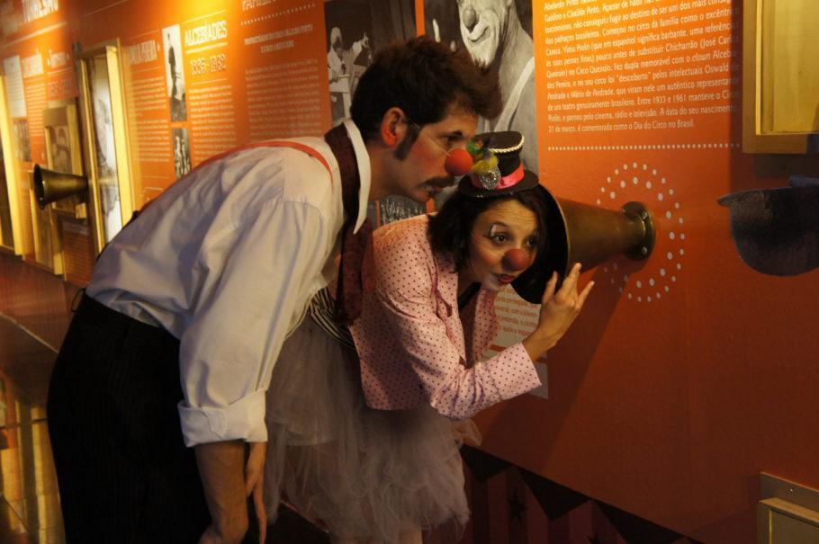 Palhaços Dus Cuais e Nina Rosa (Henrique Rímoli e Monique Franco)