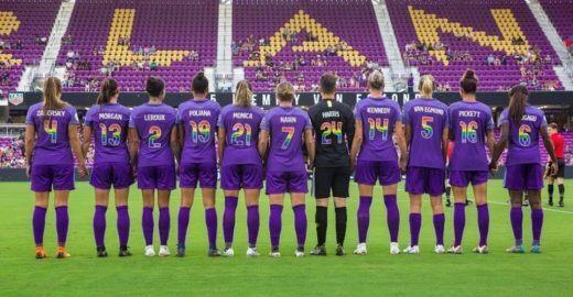 Time de futebol feminino dos EUA une veganismo à luta LGBTQ