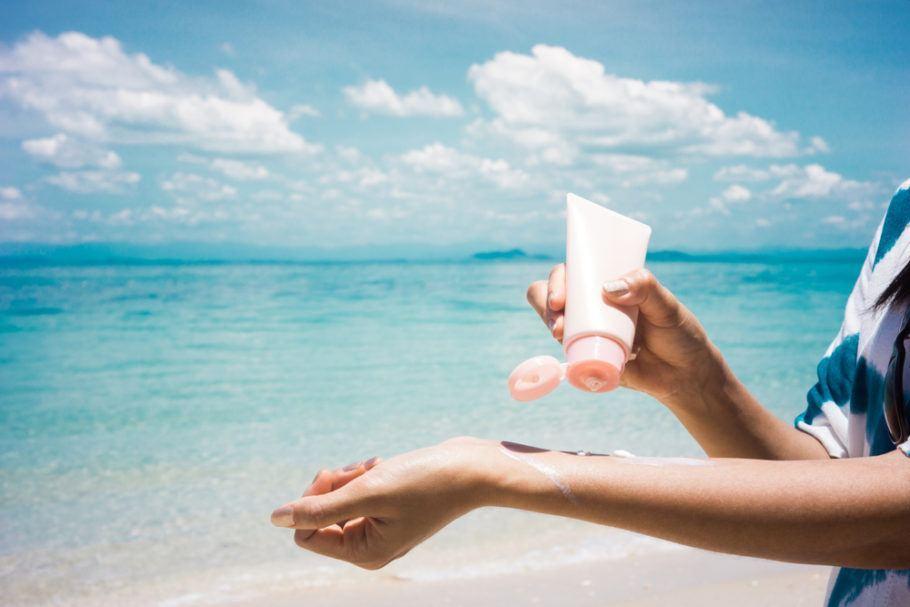 Filtros solares naturais e orgânicos são uma boa opção para os banhistas