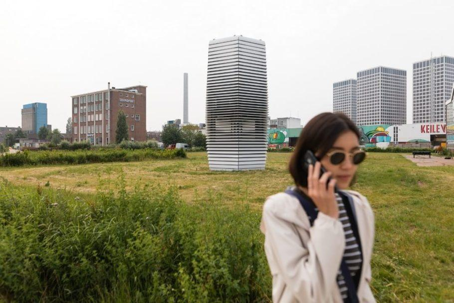 A Smog Free Tower foi apresentada pelos seus inventores como o maior purificador de ar do mundo