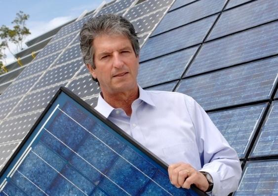 Martin Green, vencedor de prêmio por reduzir o custo da energia solar