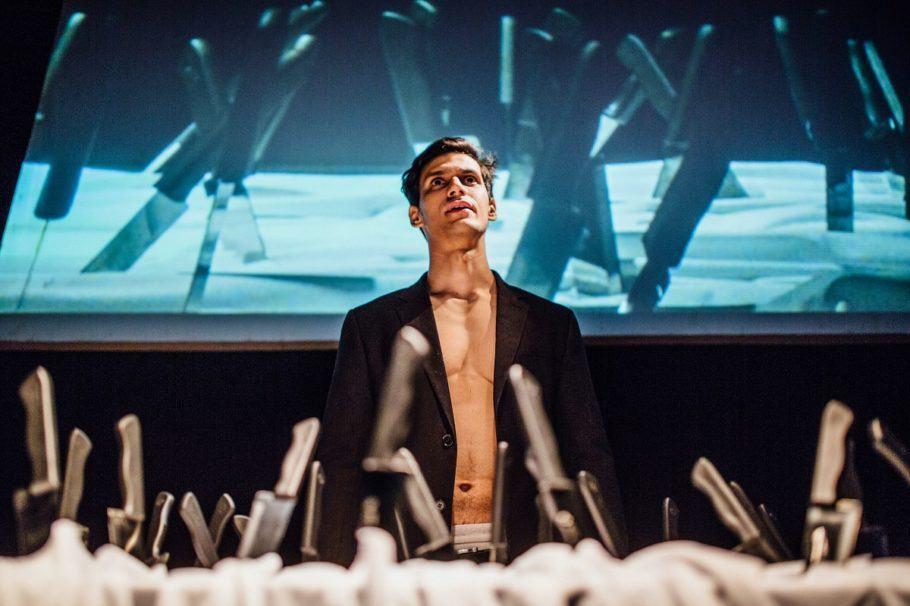 Ator Thadeu Matos na peça
